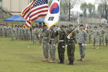 Chuyên gia đề xuất nối lại tập trận, Mỹ - Hàn có nên chọc giận Triều Tiên?