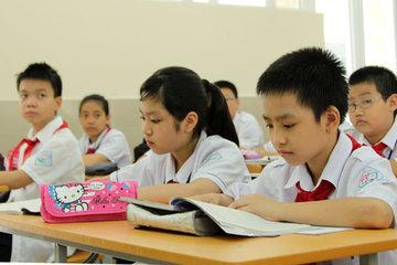 """Khốc liệt tỉ lệ chọi 1/20 vào lớp 6 trường """"hot"""" ở Hà Nội"""