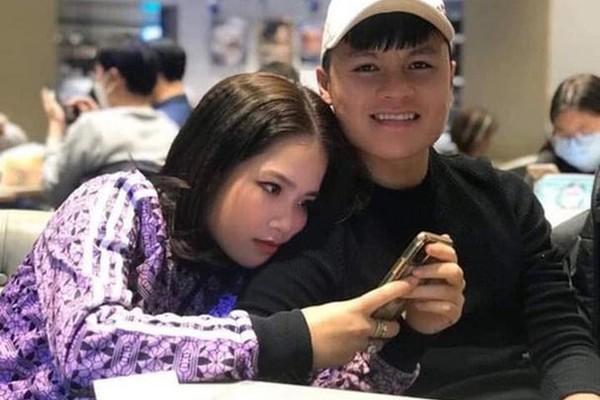 Quang Hải bị đột nhập facebook, lộ tin nhắn riêng tư, hacker khó thoát
