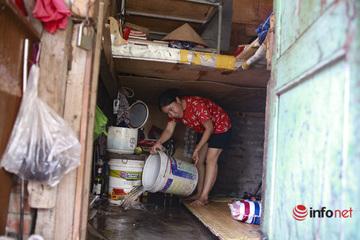 Nắng thiêu đốt, khu trọ nghèo đổ nước đá lạnh lên sàn nhà để giảm nhiệt
