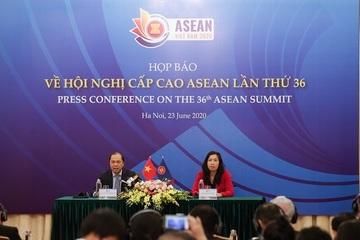 Thứ trưởng Nguyễn Quốc Dũng phát biểu tại Họp báo quốc tế về HNCC ASEAN 36