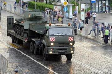 Mãn nhãn với những phương tiện chiến đấu mặt đất của Nga trong Lễ duyệt binh