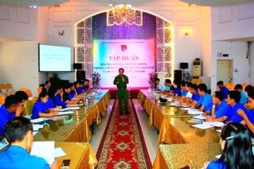 Tập huấn công tác tuyên truyền phòng, chống buôn bán người cho cán bộ Đoàn
