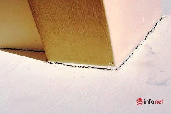 Trường tiểu học ở Nghệ An xuống cấp, chân tường 'há miệng' khi vừa sử dụng