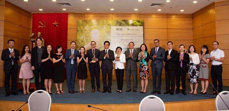Hội đồng Doanh nghiệp Vì sự Phát triển bền vững có hai Chủ tịch
