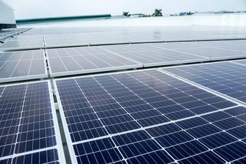 Năng lượng mặt trời áp mái là giải pháp hoàn hảo cho Việt Nam
