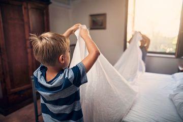 8 việc nhà giúp trẻ trở thành người có trách nhiệm khi trưởng thành