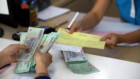 Hành trình 'đứng tim' lấy lại 300 triệu đồng chuyển khoản nhầm