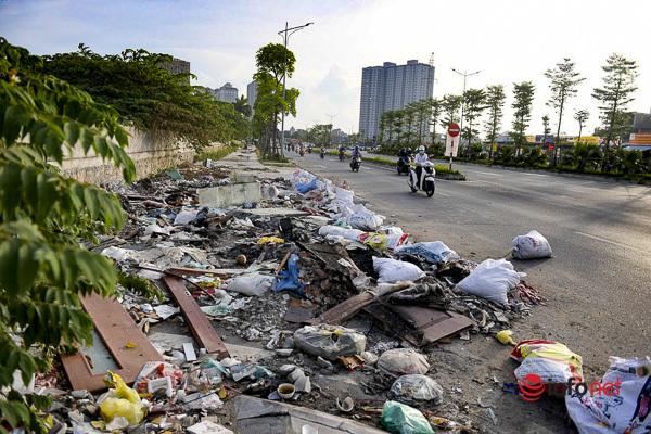 Hà Nội: Đại lộ nghìn tỷ vừa thông xe biến thành các bãi rác rùng mình