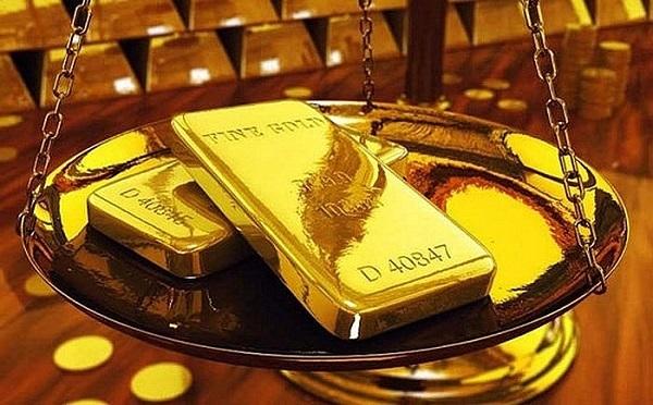 Giá vàng hôm nay 1/7 tăng cao kỷ lục