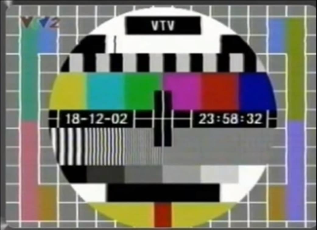 Cộng đồng mạng nhớ 'ăng-ten dàn' khi sóng analog chính thức khai tử