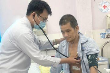 Uống nước ngọt có gas, người đàn ông nhập viện cấp cứu vì nhồi máu cơ tim