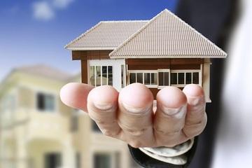 Có đất ở ngoại thành, tôi có nên bán để mua căn chung cư ở nội đô không?