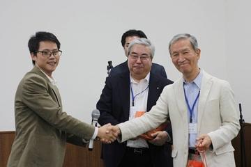 Gặp Tiến sĩ giành giải thưởng Quả cầu vàng năm 2019