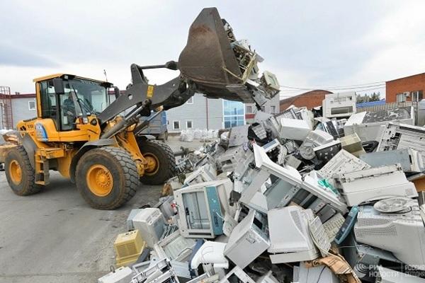 Sau đại dịch Covid-19 sẽ còn hàng núi rác thải điện tử