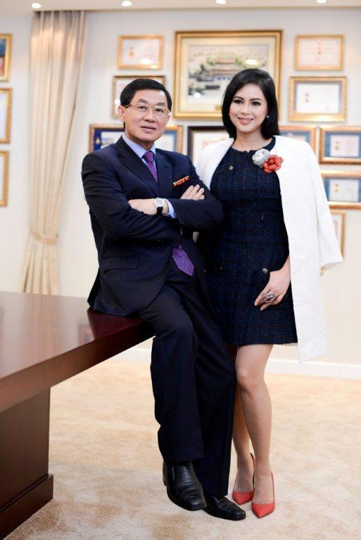 Mẹ chồng Hà Tăng bất ngờ rút khỏi Sasco, 'vua' hàng tiêu dùng lộ tham vọng mới