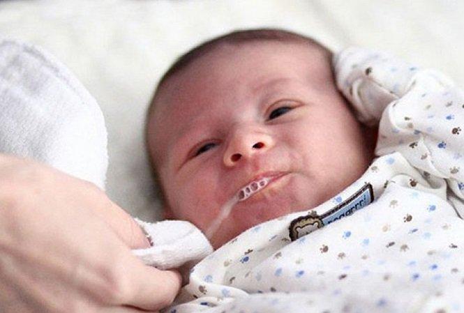 Trẻ có thể ngừng thở, ngừng tim do sặc sữa: Cách sơ cứu cần nhớ
