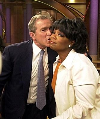 Những nụ hôn đáng nhớ nhất của các chính trị gia hàng đầu thế giới