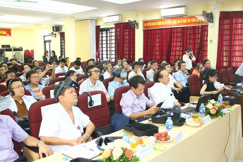 Bác sĩ Việt ứng dụng công nghệ thực tế ảo phẫu thuật ở Hàn Quốc