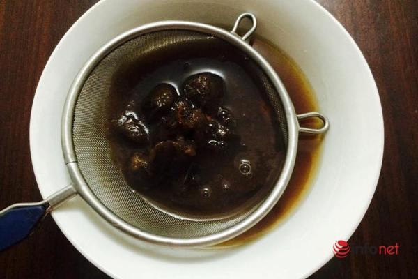 Tối nay ăn gì: Canh sườn chua nấu nấm thanh mát giải nhiệt