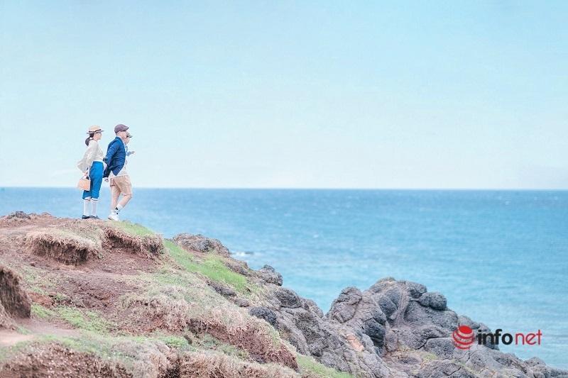 Ông bố trẻ tự chụp bộ ảnh du lịch gia đình đẹp như tranh vẽ