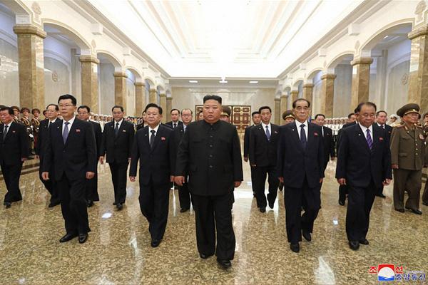 Ông Kim Jong-un sẽ tạo bất ngờ trước bầu cử Tổng thống Mỹ?