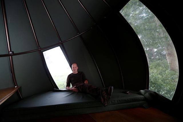 Lạ kỳ nhà treo trên cây cao hút khách du lịch ở Bỉ