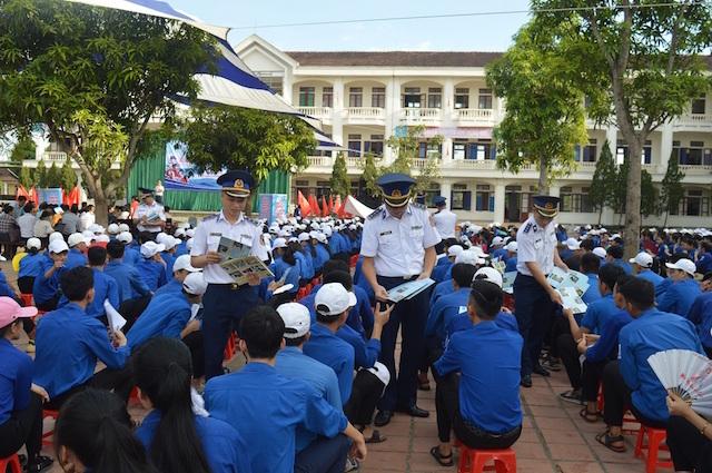 Tăng cường công tác tuyên truyền Luật cảnh sát biển Việt Nam