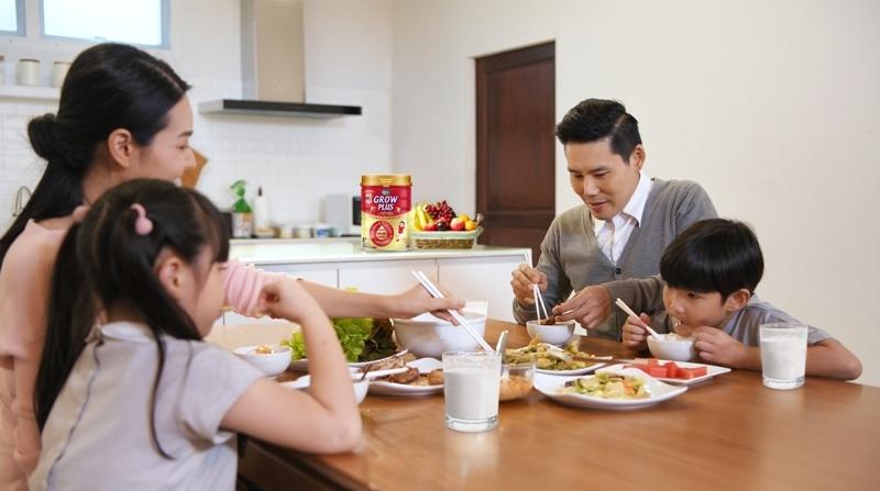 Sữa bột có tổ yến là giải pháp giúp trẻ hấp thu tốt, tăng cân, cao khỏe