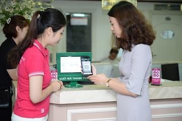 Triển khai thanh toán viện phí không dùng tiền mặt tại Bệnh viện Việt Đức