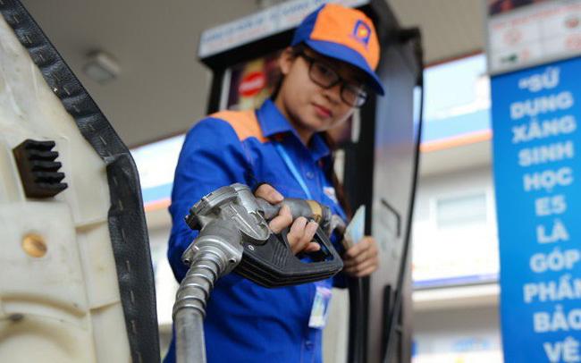 Giá xăng thế giới giảm, xăng trong nước vẫn giữ nguyên