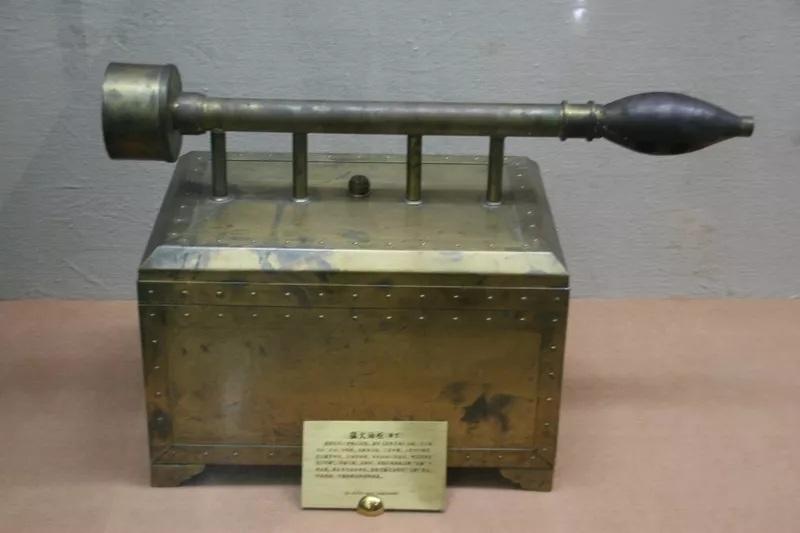 Những loại vũ khí hiện đại được phát minh từ thời cổ đại