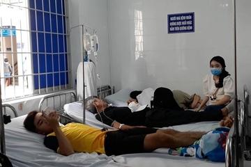 Gần 100 người nghi ngộ độc khi dự tiệc của 1 công ty thuốc trừ sâu