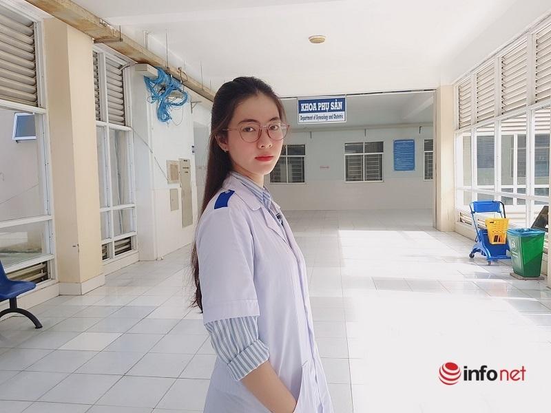 Vẻ đẹp 'thiên thần áo trắng' của nữ sinh trường Y Dược