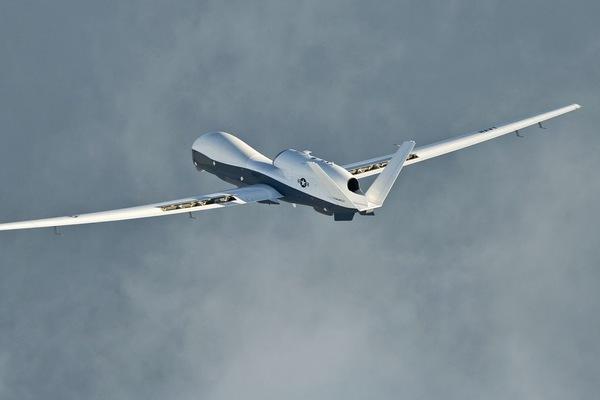 Máy bay Mỹ liên tục bay qua Biển Đông trong 2 ngày