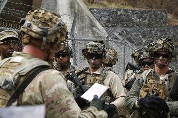 Mỹ tính chuyện rút bớt quân khỏi Hàn Quốc
