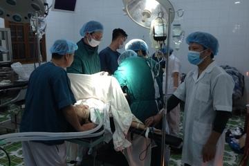 Trung tâm y tế quân dân y Bạch Long Vĩ cứu chữa nhiều ca khó