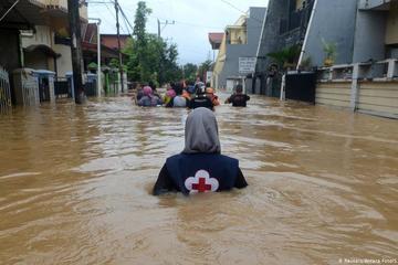 Số người chết vì lũ lụt và sét đánh ở Ấn Độ không ngừng tăng
