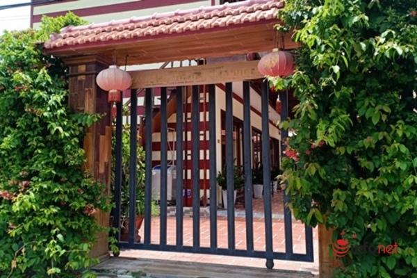 21 người Trung Quốc bỏ chạy khi kiểm tra: Công an đang làm việc với chủ villa H.M