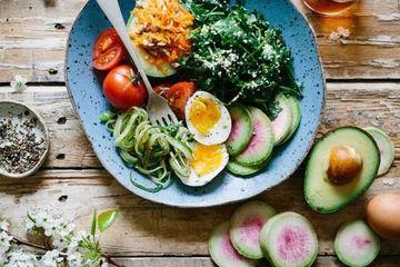 Chị em nườm nượp đua giảm cân keto: Chuyên gia dinh dưỡng nói gì?