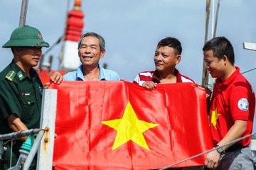 Lễ ra quân tuyên truyền về chủ quyền biển, đảo Việt Nam