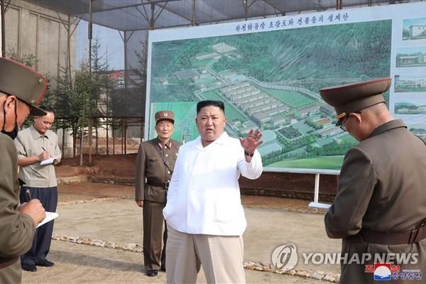 Chủ tịch Triều Tiên Kim Jong-un liên tục đi thị sát