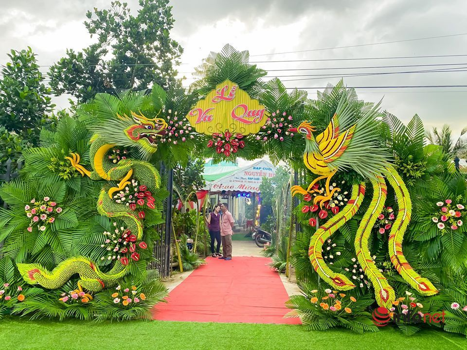 Độc đáo cổng cưới 'có 1 không 2' ở miền Tây sông nước