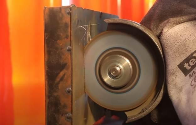 Vật liệu nhân tạo không thể cắt rời đầu tiên trên thế giới
