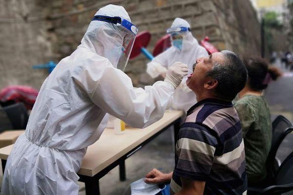 Trung Quốc xét nghiệm 6 triệu dân, truy tìm ca mắc Covid-19 trong cộng đồng
