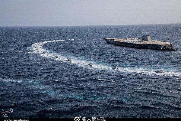 Cận cảnh Iran tập trận tiêu diệt tàu sân bay Mỹ ở eo biển Hormuz