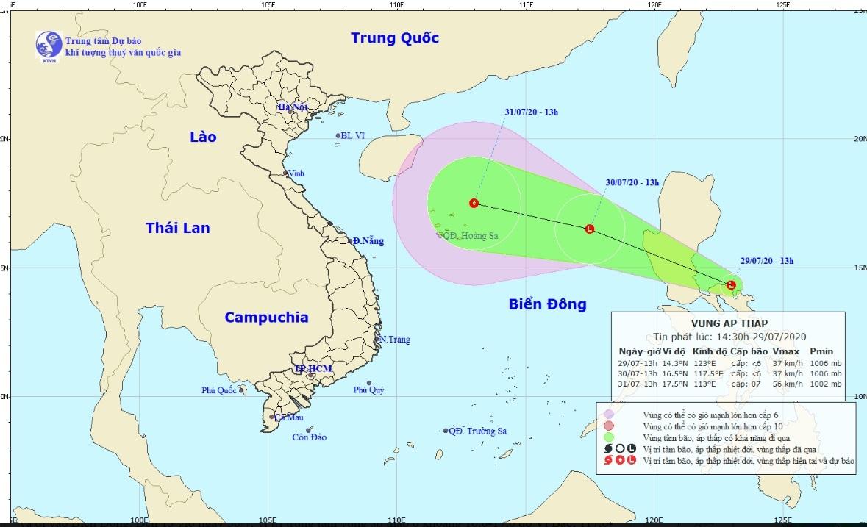 Thời tiết ngày 30/7: Áp thấp gần biển Đông, miền Bắc mưa rào
