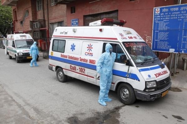 Doanh nhân Ấn Độ biến văn phòng thành khu điều trị Covid-19 miễn phí