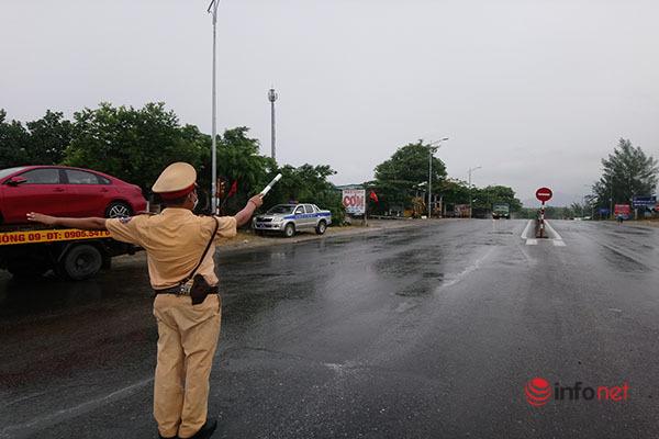 Chặn kiểm tra toàn bộ phương tiện từ vùng dịch đến Thừa Thiên - Huế