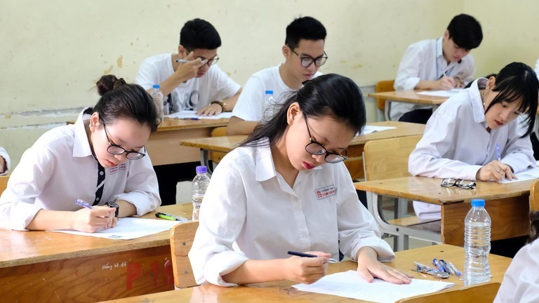 Thi tốt nghiệp THPT: Chiến lược giành trọn điểm môn Tiếng Anh trong tuần cuối